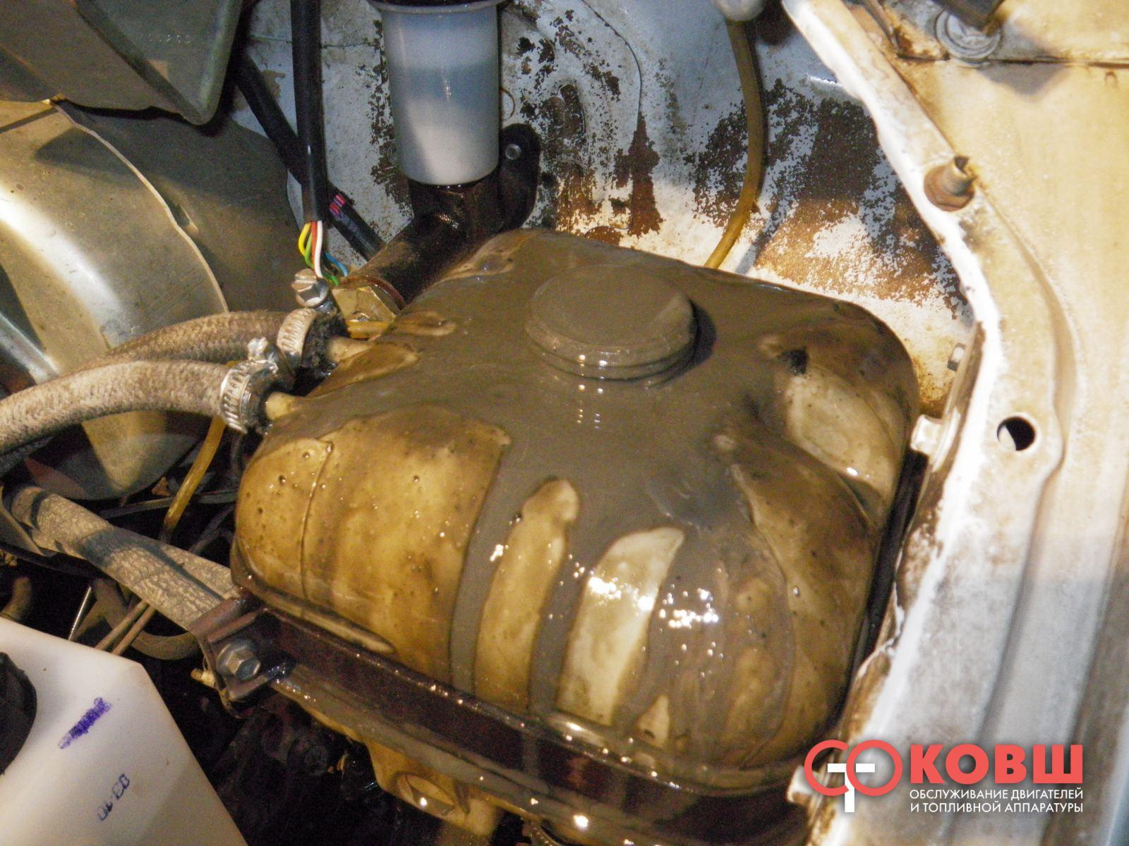 Масло попадает на систему охлаждения